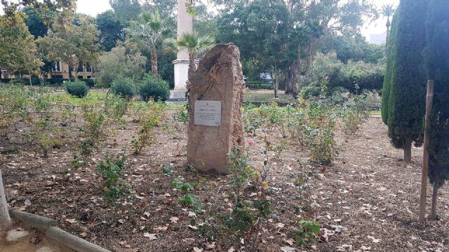 Parques y Jardines mantiene el 'ciclo verde' utilizando triturado de poda en más de 500 jardines del municipio - 1, Foto 1