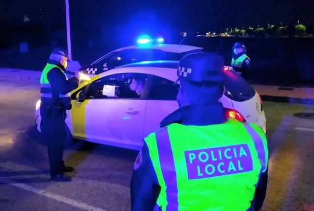 La Policía Local intensifica los controles para garantizar el cumplimiento de las restricciones en los desplazamientos - 2, Foto 2