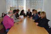 El Gobierno regional estudiará mejorar la conexión del transporte urbano entre Las Torres de Cotillas y Murcia