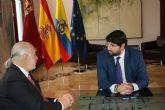 Fernando López Miras recibe al embajador de Colombia en España