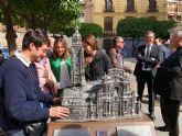 Las primeras obras de arte inclusivo de Murcia se instalan en el Santuario de la Fuensanta y La Catedral
