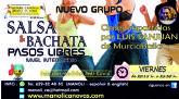 Clases de pasos libres de salsa y bachata en la Escuela de Danza Manoli C�novas