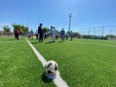 Guadalupe estrena campo de fútbol con un nuevo césped artificial para los 250 jugadores de la Escuela municipal