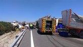 Accidente de tráfico con 3 camiones implicados en Cieza