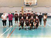 Entrega trofeos y medallas equipos Mazarr�n Basket