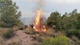 Operativo del Infomur controla un conato de incendio forestal en la Sierra de la Penarrubia (Lorca)