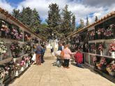 Cientos de lumbrerenses honran a sus difuntos en el Día de Todos los Santos