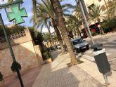 Colocan 40 nuevas papeleras en diferentes puntos del casco urbano en una primera fase