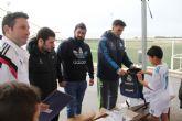 Entrega de equipaciones a los niños de la Escuela de Fútbol del Real Madrid