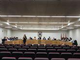 El Pleno del Ayuntamiento aprueba dos mociones en apoyo a los agricultores exigiendo soluciones en materia de agua y rechazando las actuaciones de la CHS