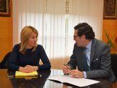 La Alcaldesa de Campos del Río se reúne con el Presidente del TSJ