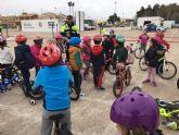 Alumnos del CEIP El Recuerdo  practican la Seguridad Vial con la ayuda de la Policía Local