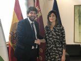 El presidente Fernando López Miras se reúne con la alcaldesa de Santomera