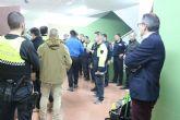 13 agentes de Polic�a Local de Alhama participan en un curso pr�ctico de seguridad ciudadana