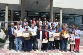 El Ayuntamiento de San Pedro del Pinatar homenajea a 35 empleados jubilados y fallecidos