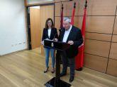 El PSOE denuncia que el PP 'explota laboralmente a los bomberos de Murcia'
