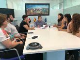 El Ayuntamiento de Torre Pacheco firma un convenio de colaboración con la Asociación Sociocultural 7 de Agosto San Cayetano