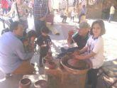 Este domingo se celebr� el tradicional Mercadillo Artesano de La Santa con la asistencia de numeroso p�blico gracias al buen tiempo
