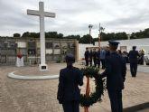 La AGA recuerda a los Caídos por la Patria en el cementerio de San Javier