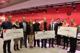 Amor por Amor, Cáritas y Cruz Roja reciben una donación cercana a los 2.000 euros de Pinatar Park