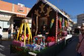 La Peña el Tolin gana el primer premio del desfile de carrozas de las fiestas patronales