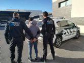 La Policía Local detiene al autor de dos incendios provocados por la quema de contenedores