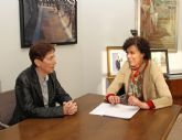 La alcaldesa de Puerto Lumbreras recibe a la nueva directora gerente del Hospital Rafael Méndez
