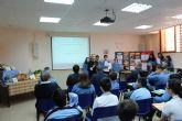 Los alumnos del colegio La Milagrosa presentan a la consejera de Agua, Agricultura y Medio Ambiente su proyecto Tierra y Agua
