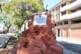 Jumilla reconoce al gremio de la construcción a través de un monumento