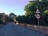 Contin�an las obras de acondicionamiento de los m�rgenes del Camino del Polideportivo para mejorar la seguridad de conductores y viandantes