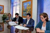 El alcalde de Alcantarilla, Joaquín Buendía y el director de concesiones de HIDROGEA en la Región de Murcia, Javier Ybarra, firman Convenio de Colaboración, a fin de coordinar esfuerzos dirigidos a optimizar la aplicación del Fondo Social de HIDROGEA