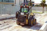 Comienzan las obras de instalación de un parque infantil en el polideportivo municipal