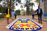 Sólo 14 alfombras de sal se han colocado en barrios y pedanías y otros espacios emblemáticos, hoy, día grande de la festividad del Corpus