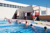 Un centenar de alumnos comienza sus clases en los cursos de nataci�n municipales