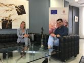 El alcalde se entrevista en el Ayuntamiento con la directora general de Energía y Actividad Industrial y Minera, Esther Marín