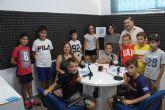 Radio Pinatar imparte un taller para acercar este medio de comunicación a los más pequeños