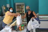 La pinatarense Inmaculada Moreno consigue el reto de gasta 2.000 euros en menos de 120 minutos en la compra Contrarreloj