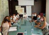 El Ayuntamiento mantendrá el servicio de limpieza extra por Covid en los colegios durante el nuevo curso