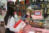 El Ayuntamiento intensifica el servicio de recogida de papel y cartón puerta a puerta en establecimientos comerciales