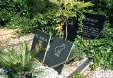 Proponen iniciar los trámites para elaborar una ordenanza que regule la autorización y creación de cementerios para animales de compañía en Totana