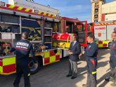 La Comunidad entrega al parque de bomberos de Molina de Segura un nuevo camión