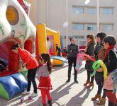 Puerto Lumbreras organiza talleres, juegos educativos y castillos hinchables para los más pequeños a través de la feria infantil 'Navilandia'