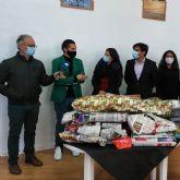 Juventudes Socialistas comienza a repartir regalos, haciendo su primera parada en la Asociación Betania Nueva Vida