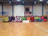 Los Centros Educativos del municipio participan en 'Jugando al Atletismo', alevín en Roldán