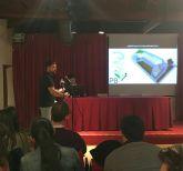 Alumnos de Arquitectura de la UCAM proyectan sus ideas sobre lo que puede ser el futuro Museo de Cultura Aeronáutica de San Javier