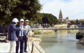 Las obras del paseo fluvial ´Murcia Río´ encaran su ecuador y el Ayuntamiento inicia la revegetación de las motas