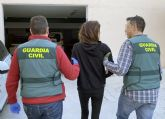 La Guardia Civil detiene a una pareja de delincuentes itinerantes dedicada a estafar y a robar a personas de avanzada edad