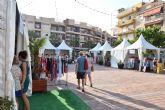 La feria outlet fomenta las compra en comercios del municipio durante el primer fin de semana de agosto
