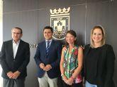 Ayuntamiento e Iberdrola firman un convenio para evitar el corte de suministro a familias del municipios sin recursos