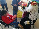 Los Reyes Magos visitaron la Escuela de Navidad de D�Genes en su jornada de clausura